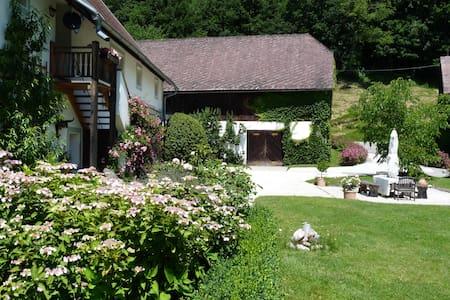 Geheimtipp auf schönem Gutshof - Sittersdorf