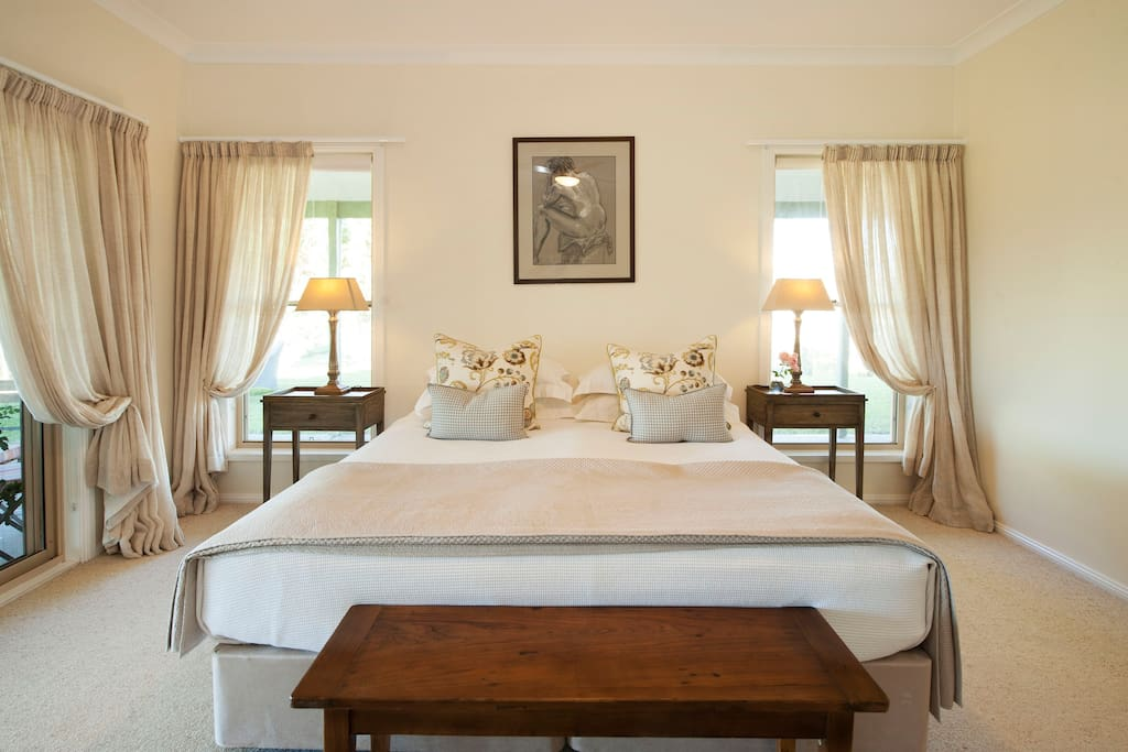 Every room has a private ensuite, individual artwork and complimentary, sumptuous breakfast.