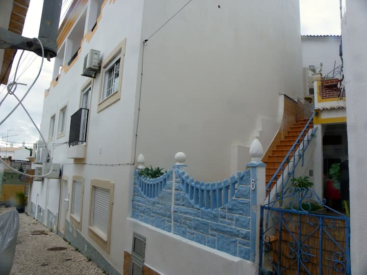 Newly built studio in Alvor centro