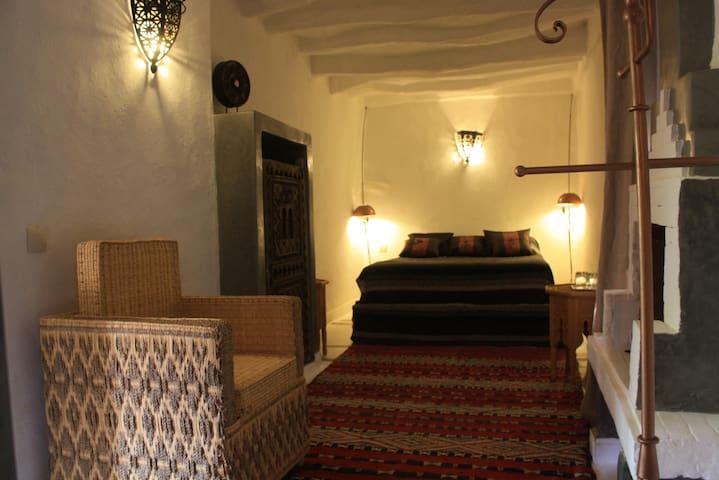 """chambre """" sahouda"""" riad el koudia - El Koudia - Bed & Breakfast"""