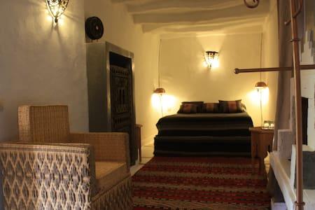 """chambre """" sahouda"""" riad el koudia - El Koudia"""