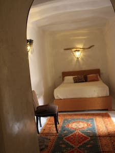 "chambre "" bougainvilliers"" - El Koudia - Bed & Breakfast"
