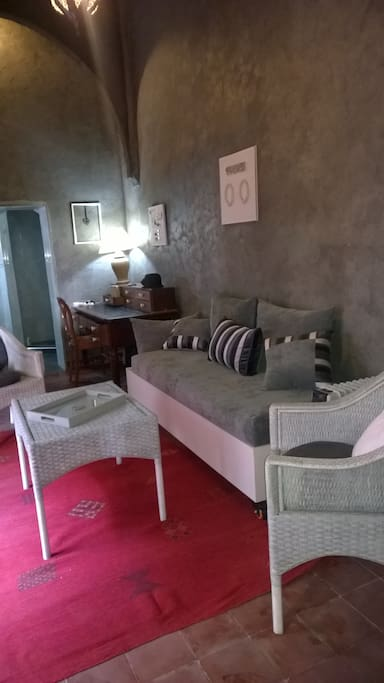 chambre d 39 h te dans riad chambres d 39 h tes louer sale rabat sale zemmour zaer maroc. Black Bedroom Furniture Sets. Home Design Ideas