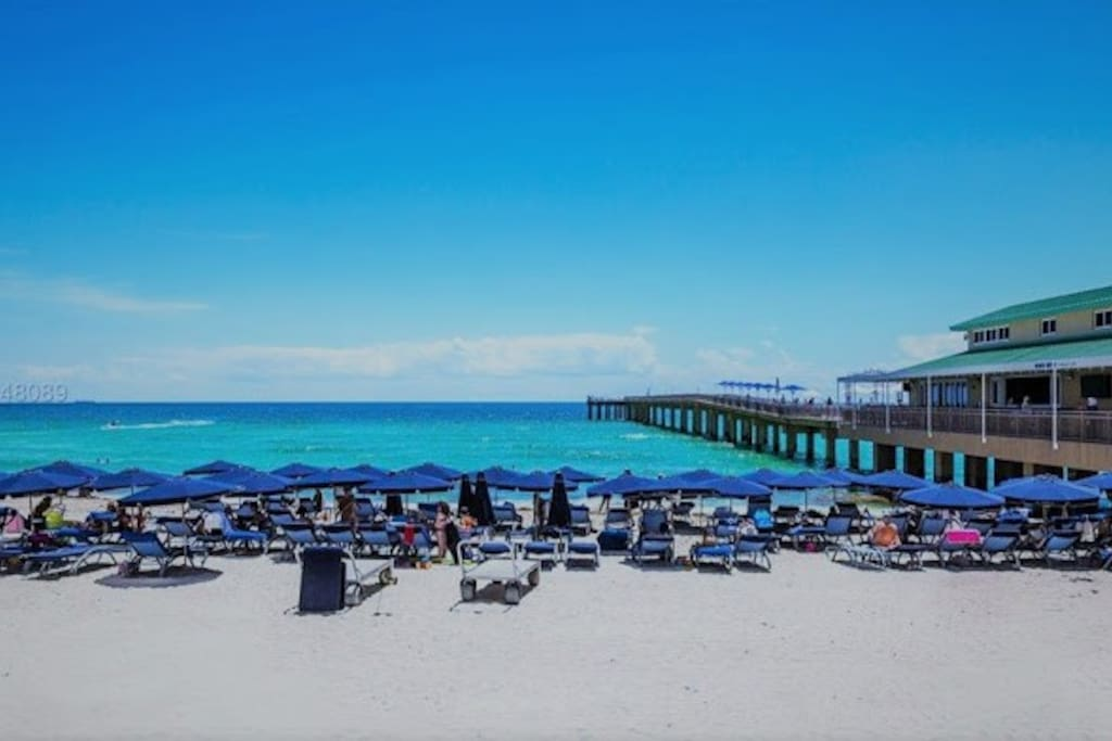 Beach Service Umbrellas/Lounges/Towels For You & Guests