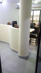 Av.Itaga-Lingwala Appartement 1
