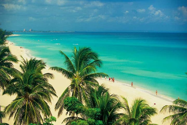 Varadero beach: charming & relaxing