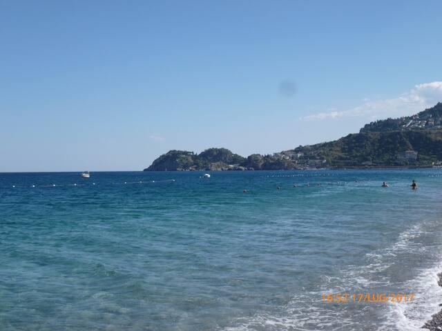 Holidays to Giardini Naxos - Taormina