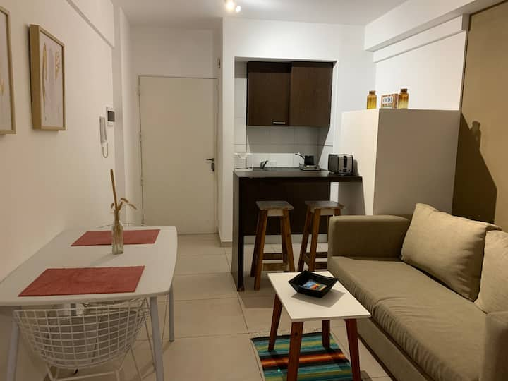 Departamento en Palermo Hollywood ****