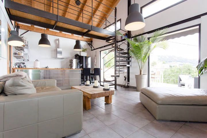Room 2 In Villa With Stunning Views - Grasse - Bed & Breakfast