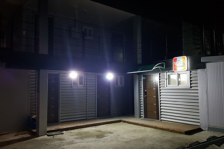 야간 외부전경