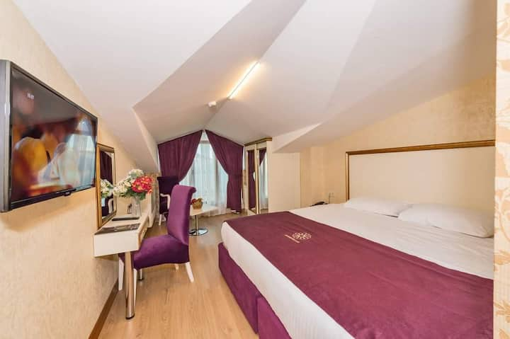 4 STAR Hotel in Merter Istanbul