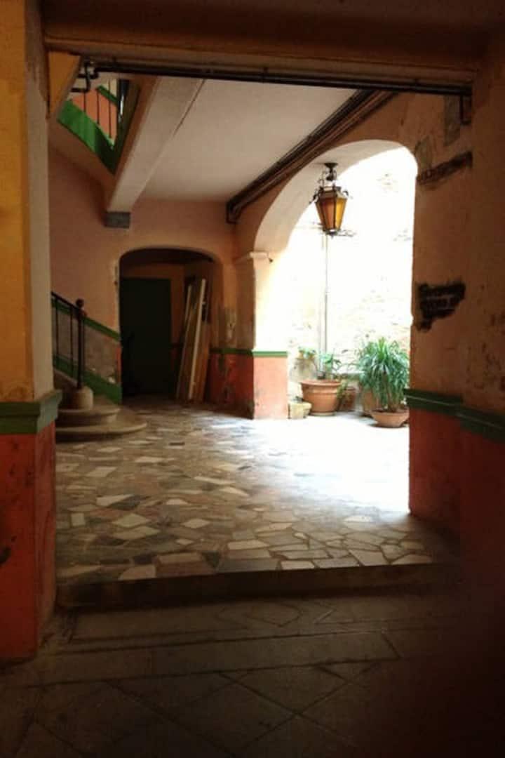 45 m2 dans hôtel particulier  centre historique