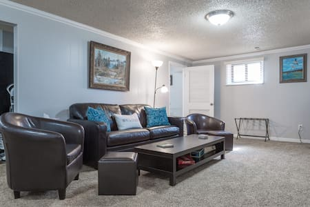 Comforts of Home With Large Kitchen Close to BYU