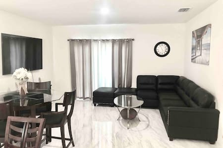 New house: 3BR in the Tampa Bay Area