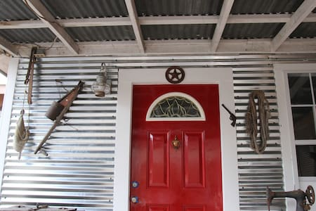 Mission Trail Cottage - San Antonio - Casa de huéspedes