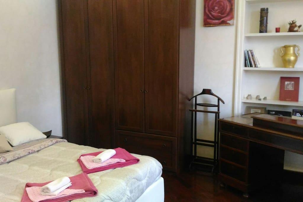Room/la camera