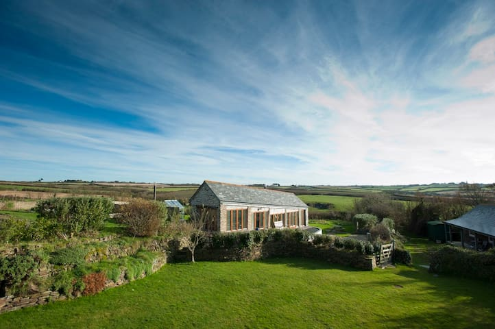 The Linhay, Nr Polzeath, Cornwall - Polzeath - Rumah