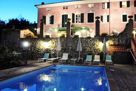 Villa Lorien - Un borgo  del 1500 - Lucca, Versilia, Viareggio, Massarosa  - Villa