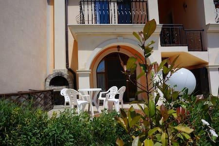 Villa Romana 30-A (1 bed, 1-floor) - Elenite
