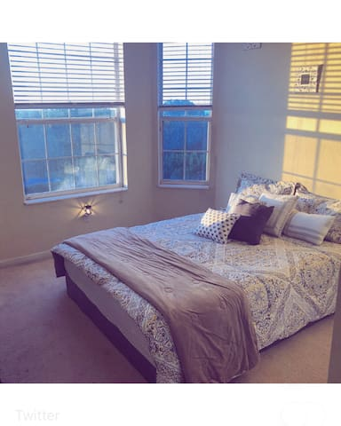 Cozy Room, near/perto  Universal Studios/Outlets