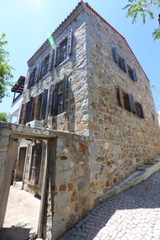 Stonehouse in the heart of Bozcaada - Tenedos - Huis