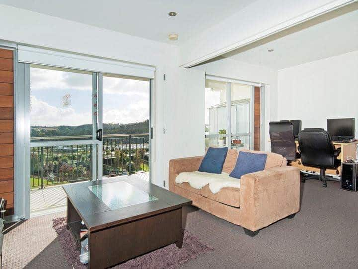 Oteha Valley Viewing Condo