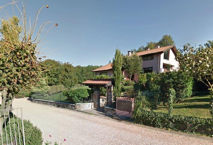 Villa Campo dei Fiori - Casciago - Bed & Breakfast