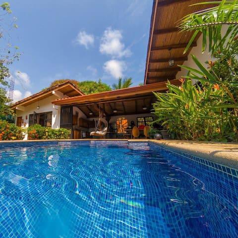 Villa La Pina!!!! Outdoor Living At Its Best!!!!!!