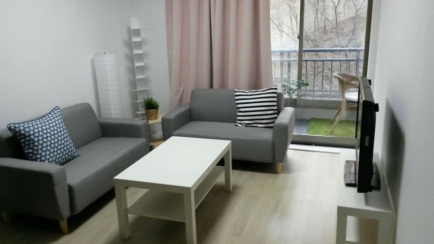 Modern House near hanok village - 전주시 - Apartamento