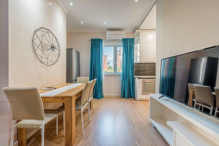 Skanderbeg Deluxe⚡ Enjoy Albania Apartments