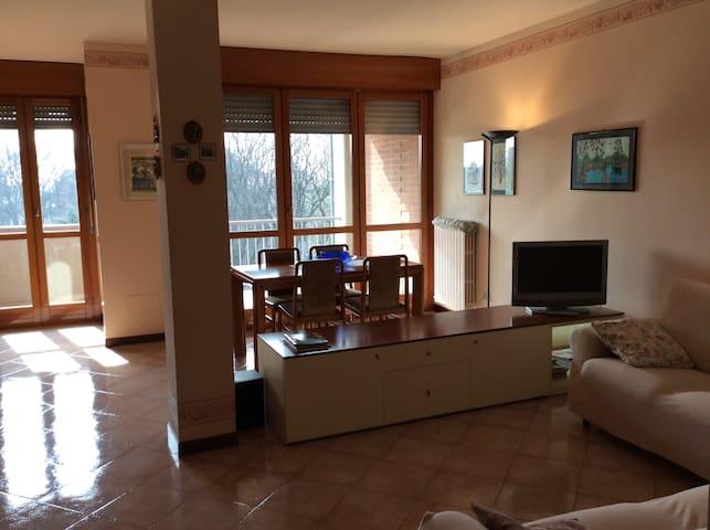 APPART. 3 LOCALI COMODO X MILANO - Monza - Hus