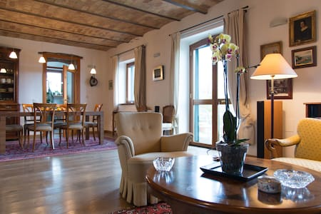 Splendid restored old house - Mosciano Sant'Angelo