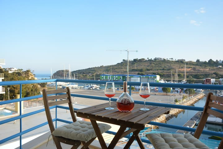 Wonderful Apartment in Albufeira Marina