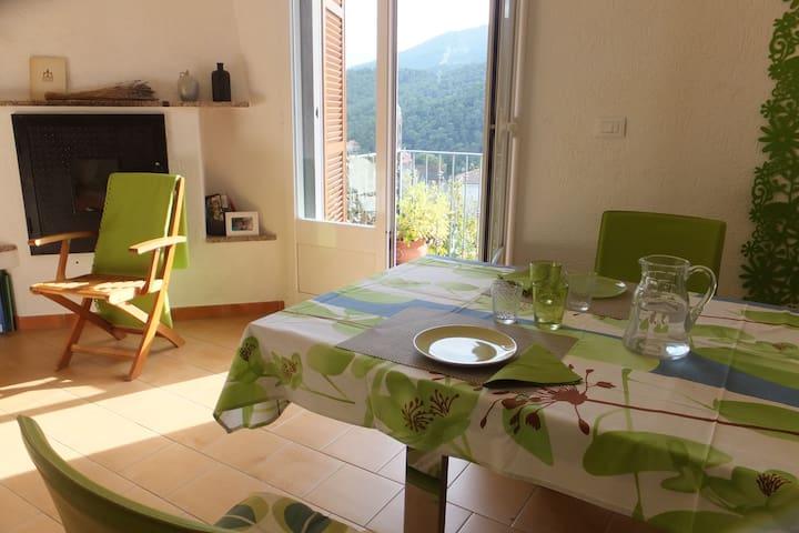 1 Floor: Open plan kitchen/dining room