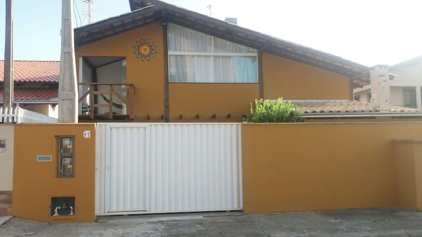 Linda casa de praia 5km BETO CARRERO - GRAVATÁ