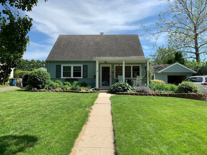 Ann Arbor's Bee Cottage