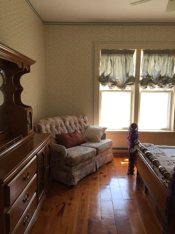 Lady Calleigh's room