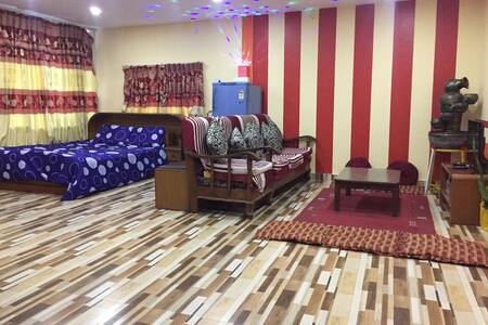 400 Sq Ft, sunny suite Private House Bharatpur