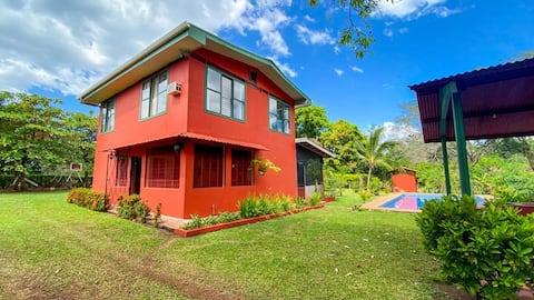 Casa Rústica y privada con piscina