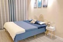 【暖栖1】品质性价比/地铁高铁站/钟楼回民街/柔软舒适大床房
