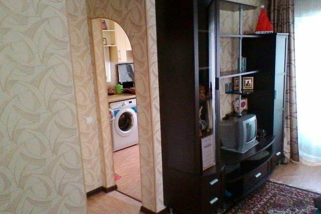 Переход из кухни в гостинную
