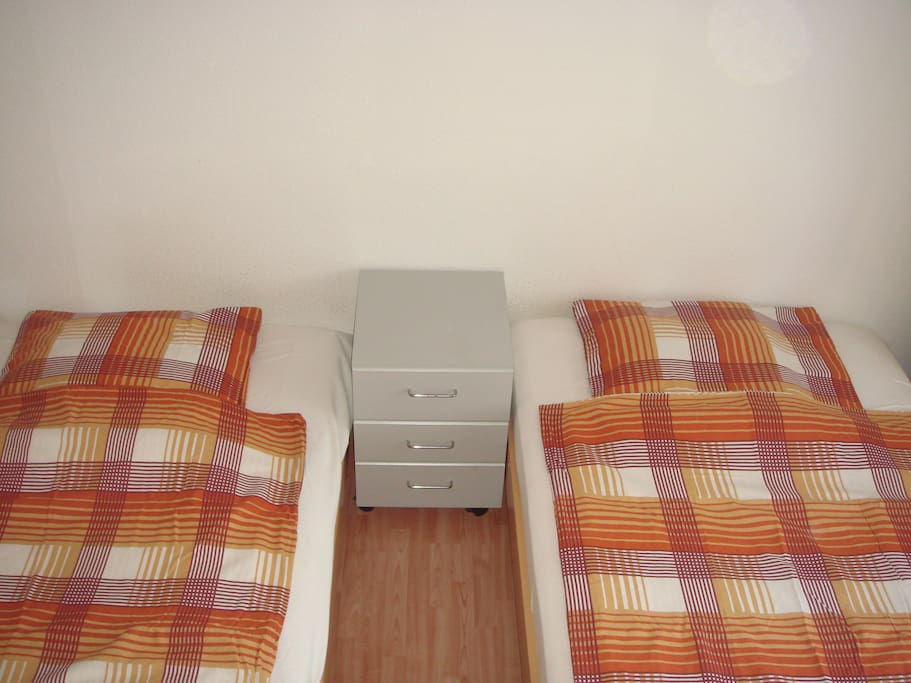 single laatzen Single room comfort the hannover exhibition grounds, the convention center cc, the leine-center laatzen and expo park more double room in hannover.