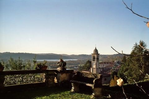 A charming Villa of early '900 near Lake of  COMO