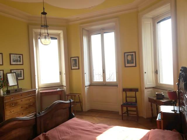 camera da letto N.1 / bedroom N.1