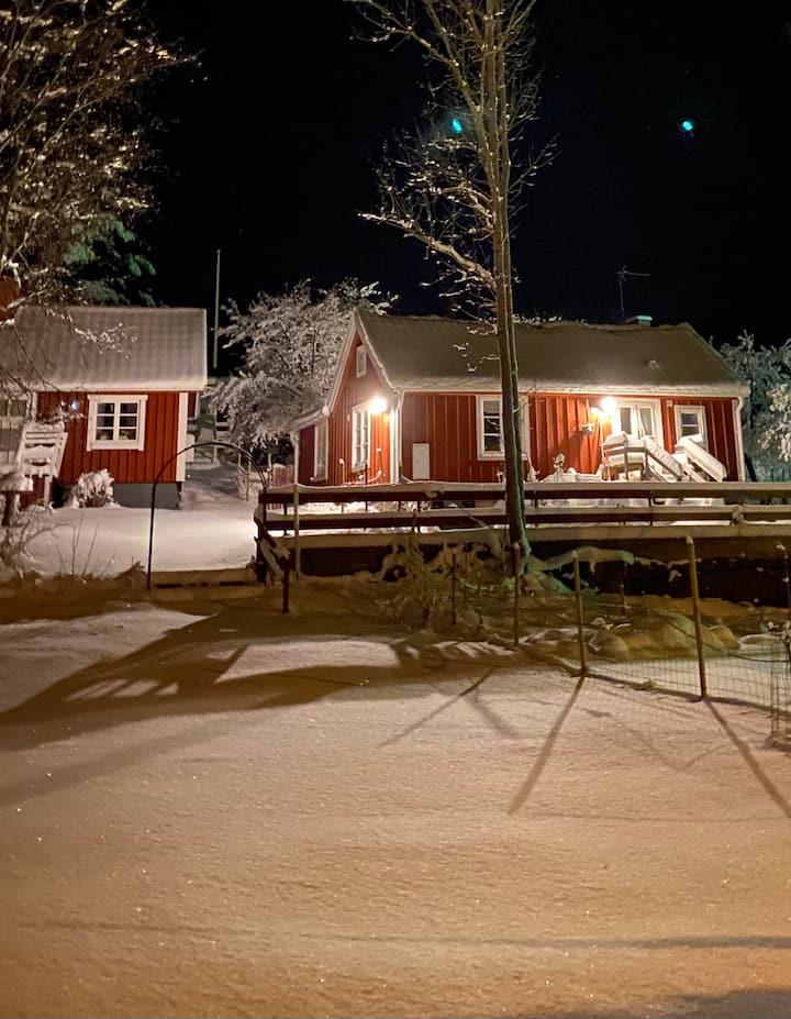 Litet komplett hus i Figeholm Sverige