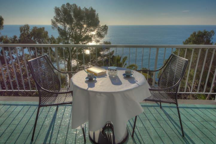 Wohnung mit herrlichem Meerblick - Ligurien