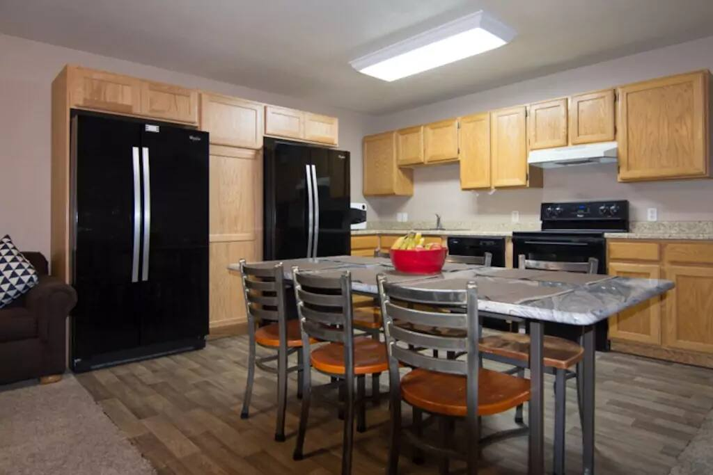 Large shared apartment kitchen!
