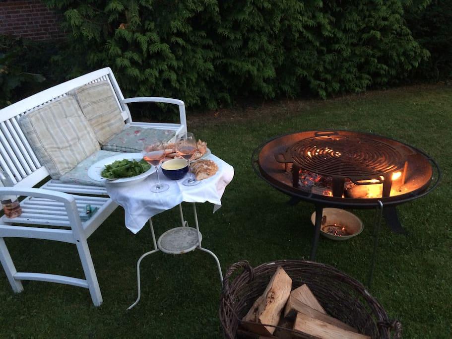 Grill friske hummere i haven hele sommeren