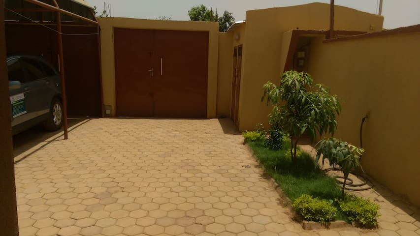 Available parking space and little garden. External separated bathroom and toilet also available for your visitors.