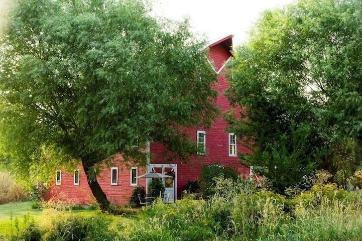 Rustic Barn on the Palouse